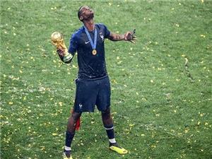 مروري بر آخرين اخبار و شايعات دنياي فوتبال؛ علاقه بارسا به جذب پوگبا/ زيدان جانشين احتمالي مورينيو!