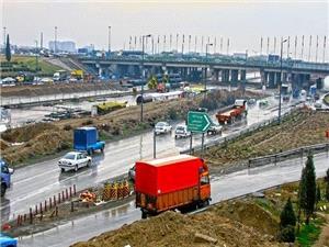 افزایش مسیرهای کندروی بزرگراه آزادگان به 3 خط عبوری