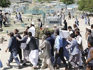 ترور افسر وزارت دفاع افغانستان/ کشته شدن 12 فرمانده شبکه حقاني در صبري