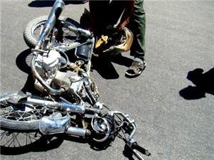 واژگوني موتورسيکلت يک کشته و 2 مصدوم بر جاي گذاشت