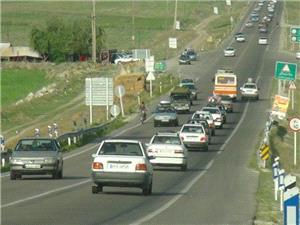 آماده سازی جاده های کرمانشاه برای تردد زوار اربعین