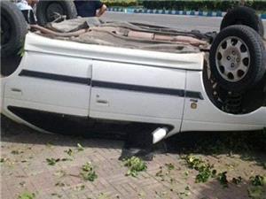 واژگوني پژو پارس با يك كشته و 4 مجروح