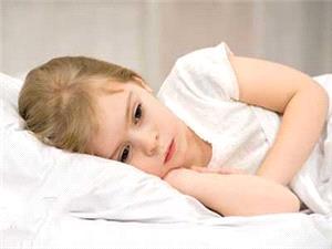 13 نشانه افسردگی کودکان که والدین باید بدانند