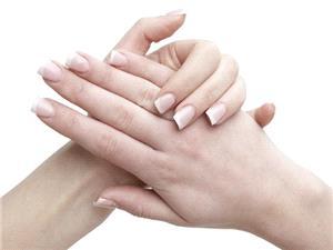 ترفندهایی خانگی برای داشتن ناخنهای محکم