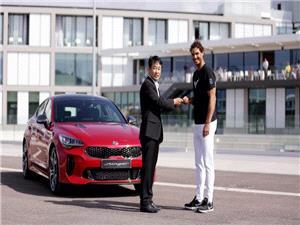 رافائل نادال با کیا موتورز برای تبلیغ مدل استینگر GT همکاری می کند
