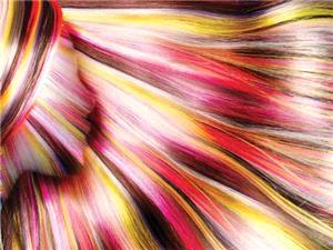6 اشتباه زنانه هنگام رنگ کردن مو در خانه