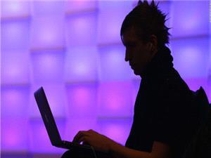 گروه هکر روسی فنسی بیر سالهاست خبرنگاران را هدف حملات سایبری قرار داده است