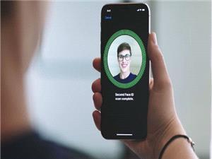 سیستم شناسایی چهره آیفون 10 از خریدهای گروهی پشتیبانی نمی کند