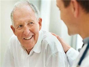 افراد مُسن این نشانه مرگ آور را جدی بگیرند!