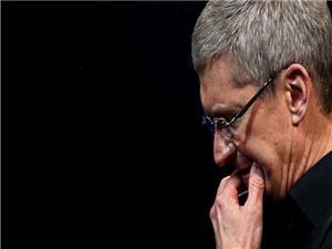 اپل به خاطر کاهش سرعت آیفون از مشتریانش عذرخواهی کرد