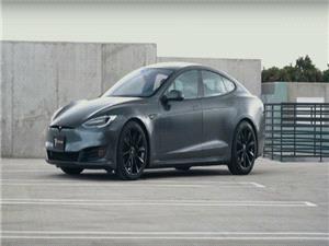 وقتی دود از کنده بلند نمی شود! تسلا مدل S تمامی رقبای خود را در اروپا شکست داد