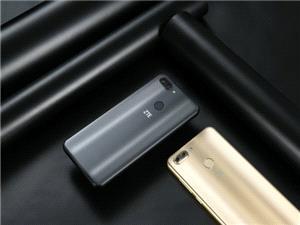 شرکت ZTE از دو تلفن همراه قدرتمند اما ارزان قیمت رونمایی کرد