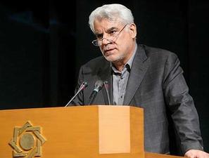 بهمنی اعلام کرد: مطرح شدن افزایش نرخ سود سپرده های بانکی در شورای پول و اعتبار