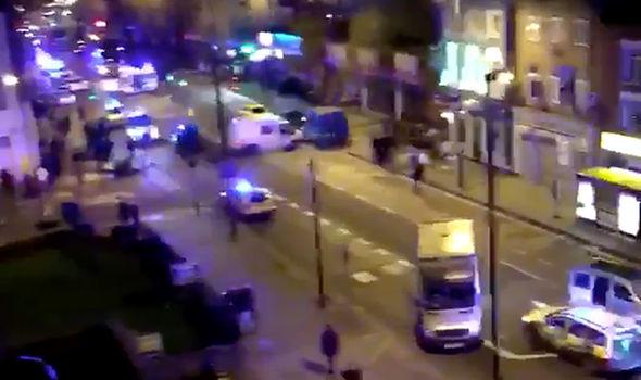 برخورد دوبارۀ خودرو با رهگذران در لندن! +عکس
