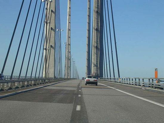 پل معروف «اورسوند» مرز بین دانمارک و سوئد