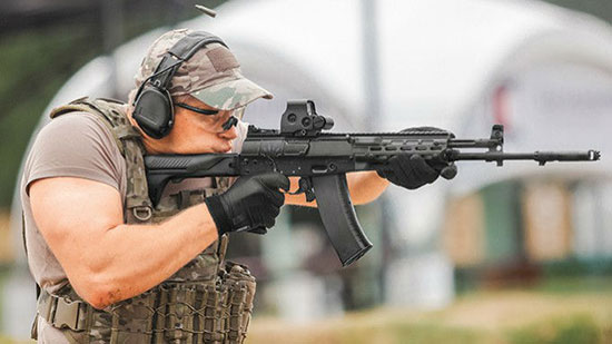 با تفنگ «AK-12»، جدیدترین اسلحه ساخته شده توسط کمپانی کلاشینکف آشنا شوید
