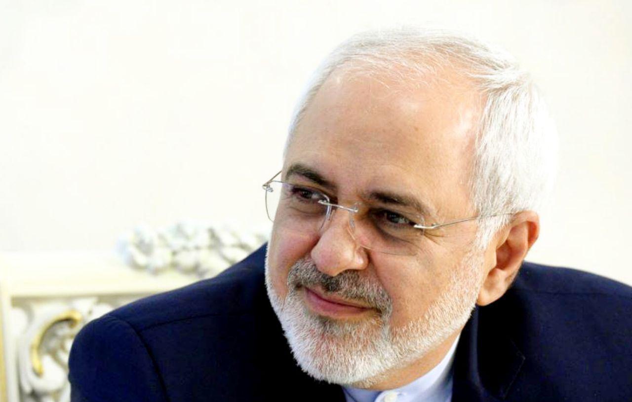 ظريف: اميدواريم بتوانيم با تعامل مجلس و دولت زمينه توسعه بيشتر کشور را فراهم کنيم
