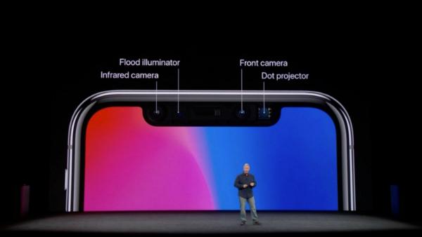 واکنش رسمی اپل به عمل نکردن Face ID در جریان کنفرانس معرفی آیفون های جدید