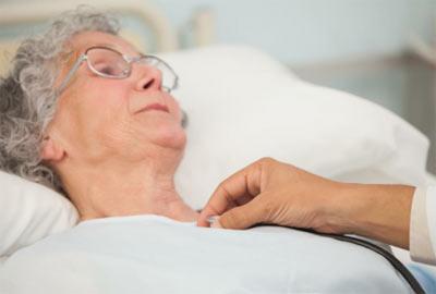 عفونت ریوی,درمان عفونت ریوی در سالمندان, نشانه های عفونت ریوی در سالمندان