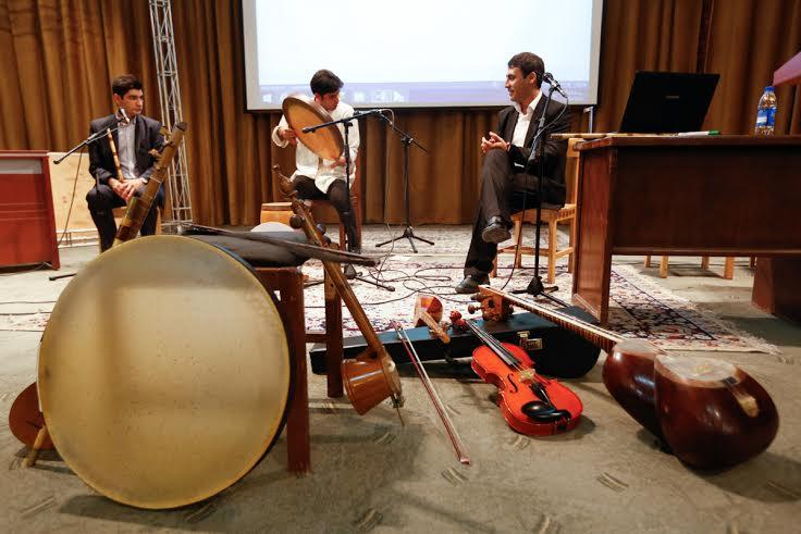 آشنايي با موسيقي ايراني براي فارسي آموزان خارجي