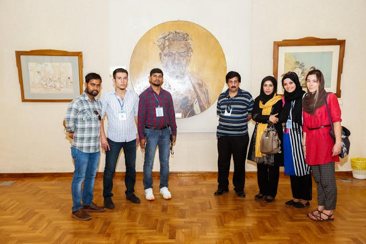 تحسين فارسي آموزان غير ايراني از معماري مجموعه تاريخي فرهنگي سعدآباد