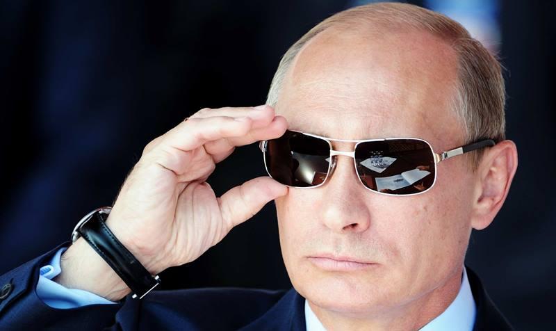 سازمان سیا از ترس ترامپ مأمور خود را از بیخ گوش پوتین به آمریکا منتقل کرد