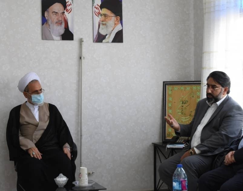 دیدار دبیرکل جمعیت جوانان انقلاب اسلامی با آیت الله اعرافی
