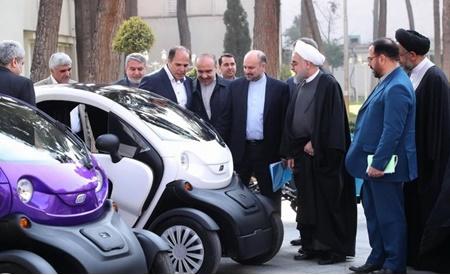 توقف توليد خودروهاي برقي با وجود رونمايي در هيات دولت