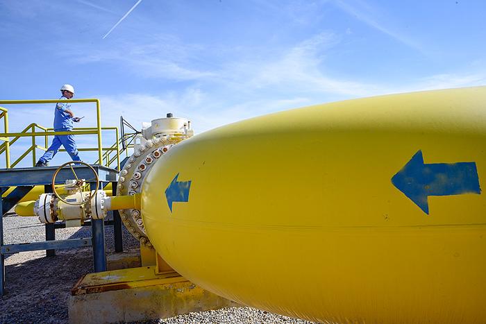 مناطق انتقال گاز باید به قطبهای تخصصی بدل شوند