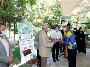 تجلیل از کارکنان سادات و ایثارگر شهرداری منطقه 16 به مناسبت عید غدیر
